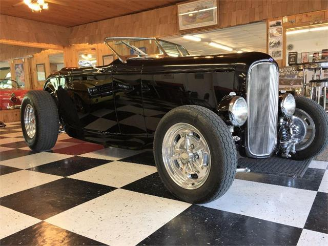 1932 Ford Highboy | 888000