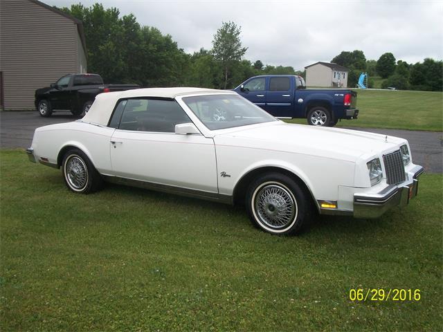 1983 Buick Riviera | 888081