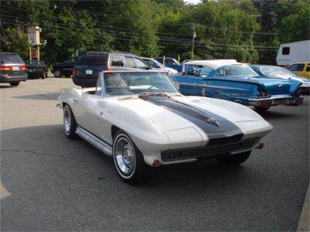 1966 Chevrolet Corvette | 888092