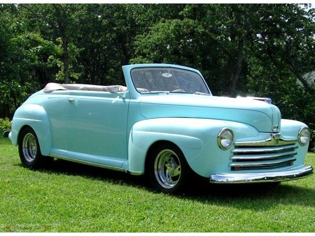 1947 Ford Convertible | 888268