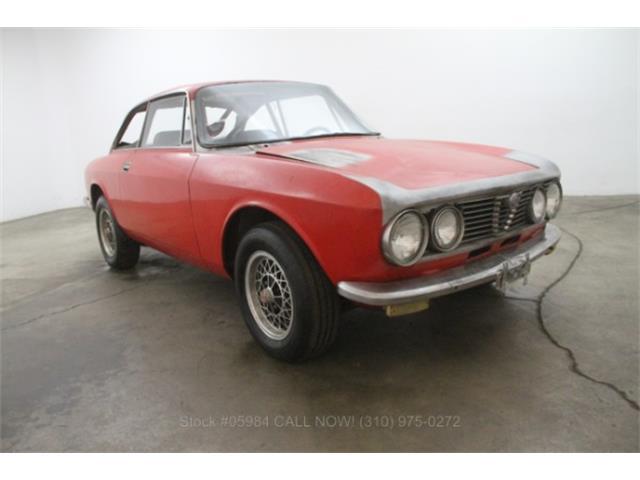 1973 Alfa Romeo 2000 GT | 888341