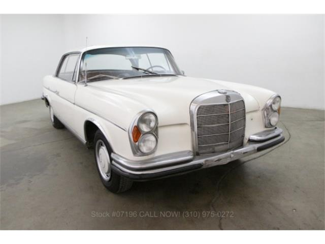 1962 Mercedes-Benz 220 | 888436