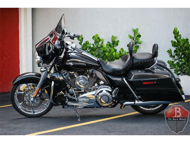 2012 Harley-Davidson CVO Street Glide  Custom Vehicle Operations | 888504