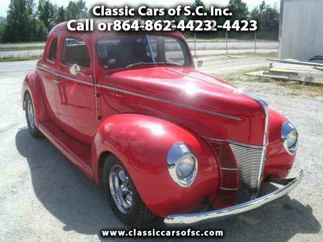 1940 Ford Deluxe | 888549