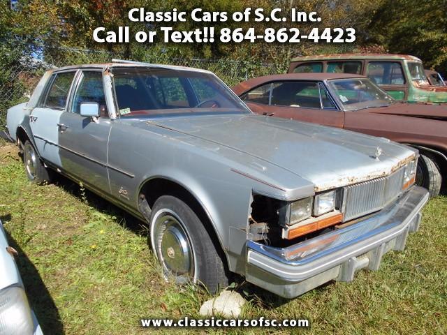 1977 Cadillac Seville | 888611