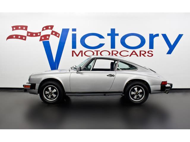 1977 Porsche 911 | 888619