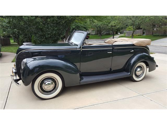 1938 Ford Deluxe | 888736