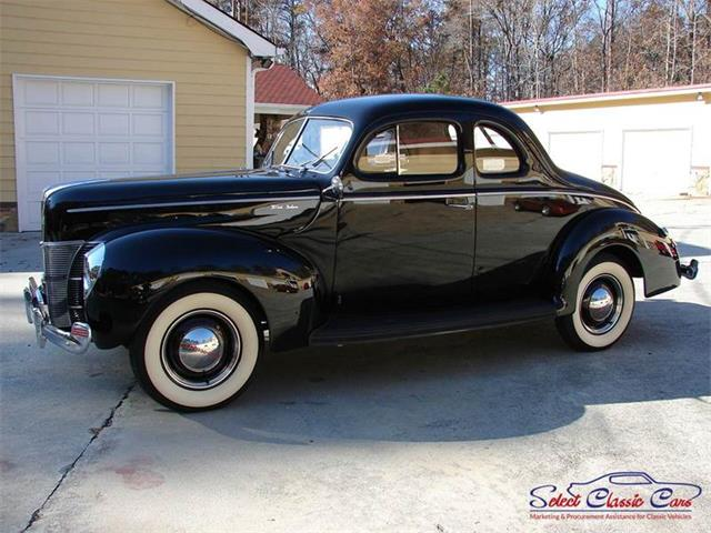1940 Ford Deluxe | 888742