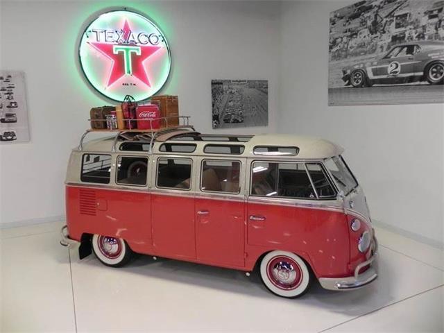 1965 Volkswagen Bus | 888752