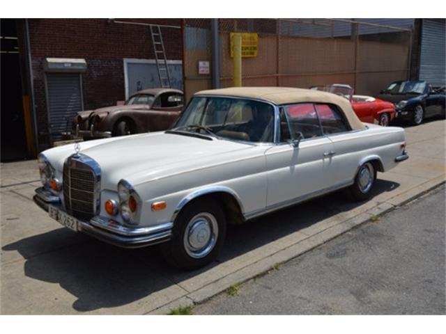 1968 Mercedes-Benz 250SE | 888834