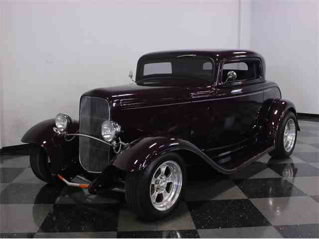 1932 Ford 3-Window Coupe | 888879