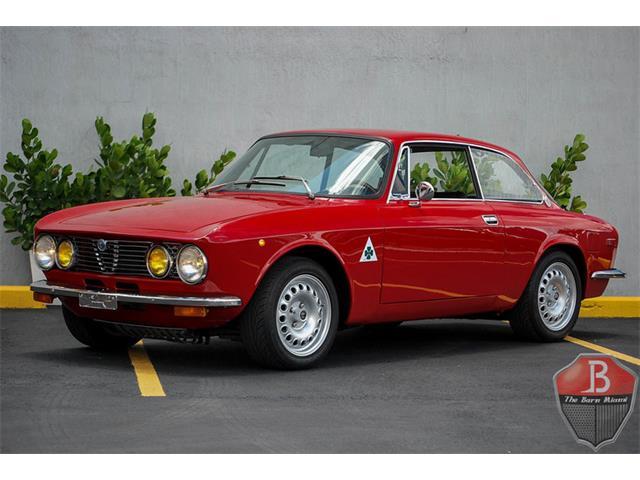 1972 Alfa Romeo 2000 GT | 888930