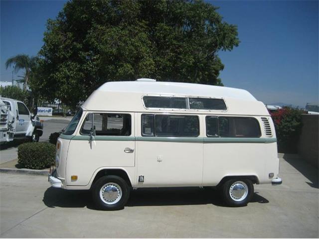 1973 Volkswagen Bus | 889009