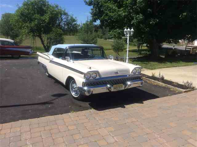 1959 Ford Galaxie Starliner | 880903