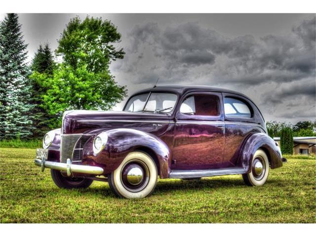1940 Ford Sedan | 880908