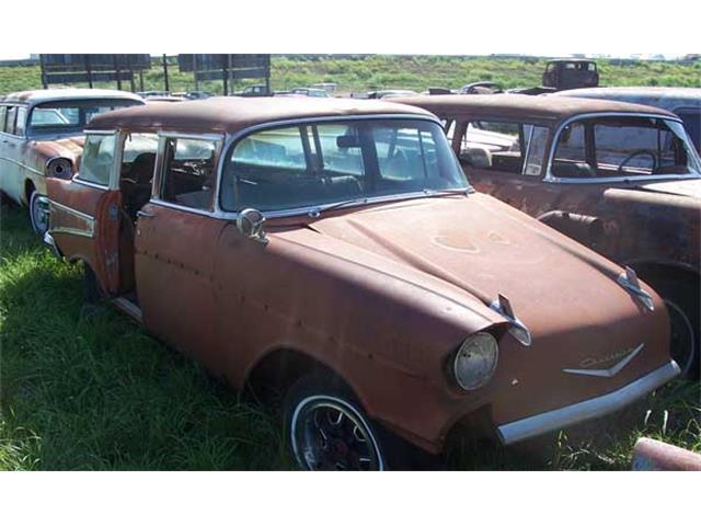 1957 Chevrolet Station Wagon | 889110