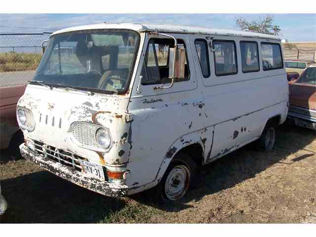 1961 Ford Econoline | 889141