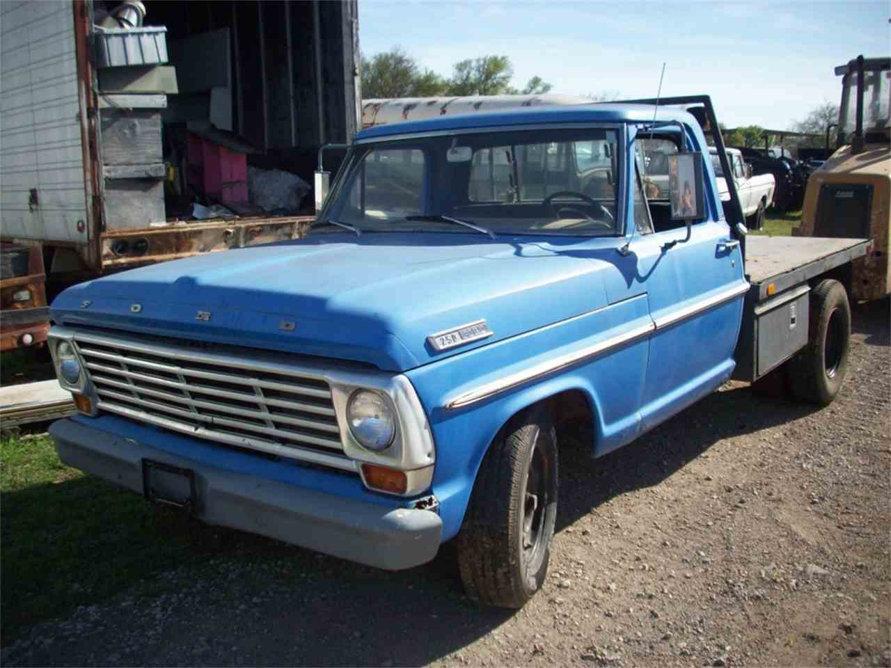 Large Picture of '68 Ford F250 - $2,495.00 - J22F