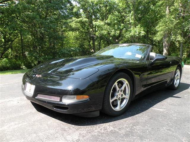 2001 Chevrolet Corvette | 880915