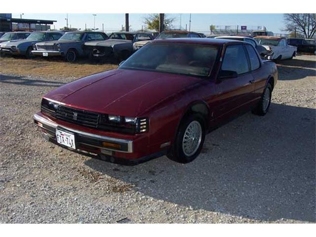 1987 Oldsmobile Toronado Trofeo | 889210