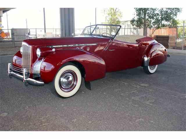 1940 Packard 120 Darrin | 889577