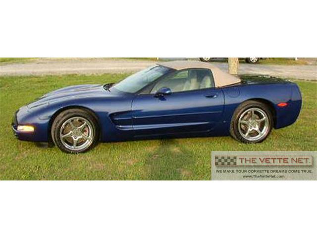 2004 Chevrolet Corvette   889652