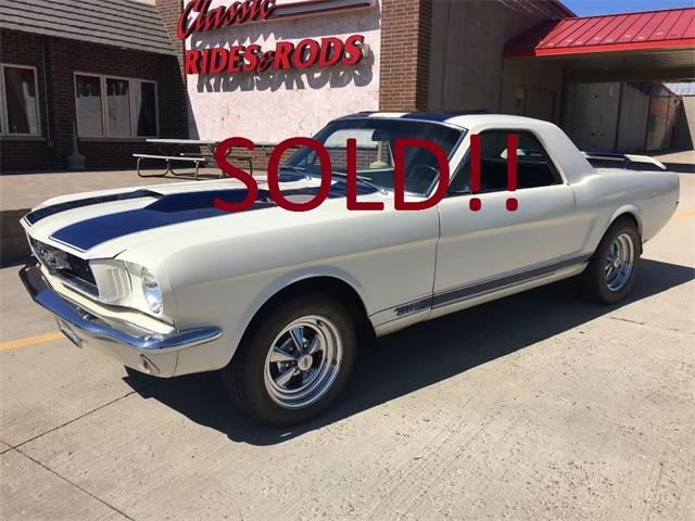 1966 FORD MUSTANG 2 SEAT COUPE | 889689