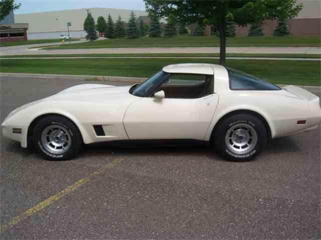 1981 Chevrolet Corvette | 889707