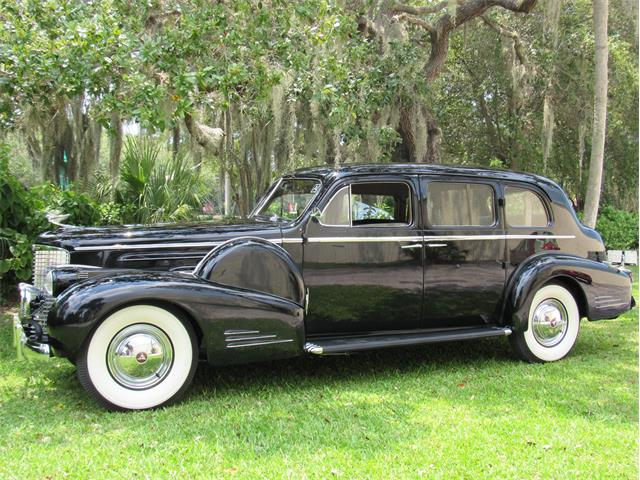 1938 Cadillac V-16 Imperial Sedan 9033 | 889722