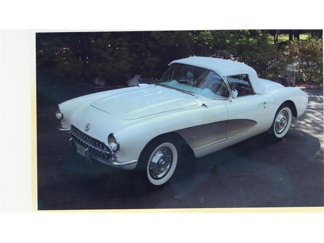 1957 Chevrolet Corvette | 889746
