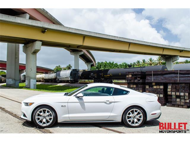 2015 Ford Mustang | 889774