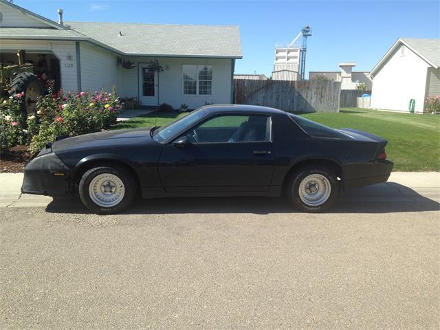 1990 Chevrolet Camaro | 889830