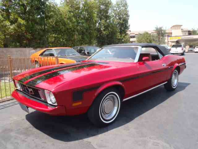 1973 Ford Mustang | 889853