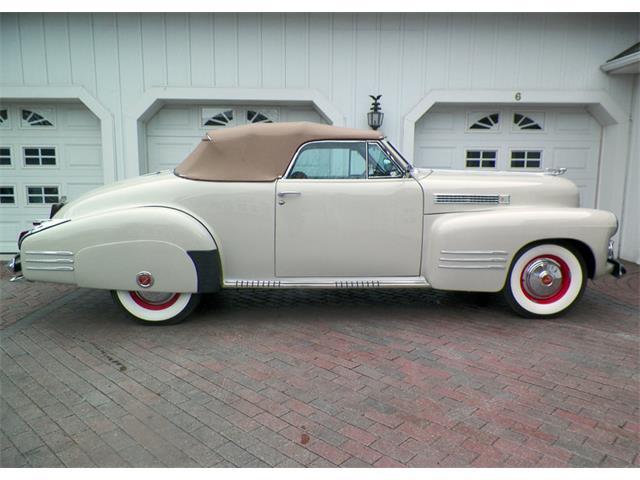 1941 Cadillac Series 62 | 889862
