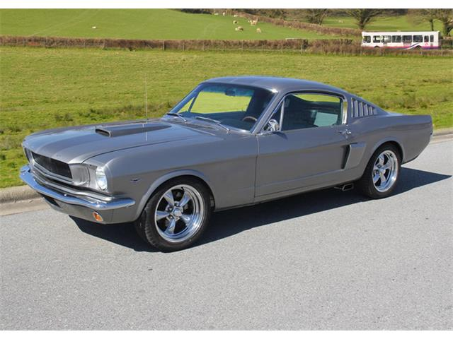 1965 Ford Mustang | 889911