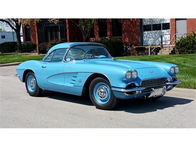 1961 Chevrolet Corvette Fuel-Injected Convertible | 889981