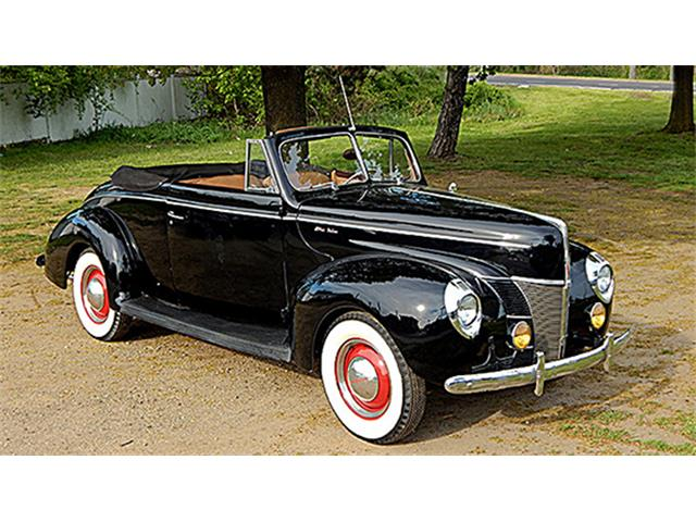 1940 Ford Deluxe Convertible Club Coupe | 891122