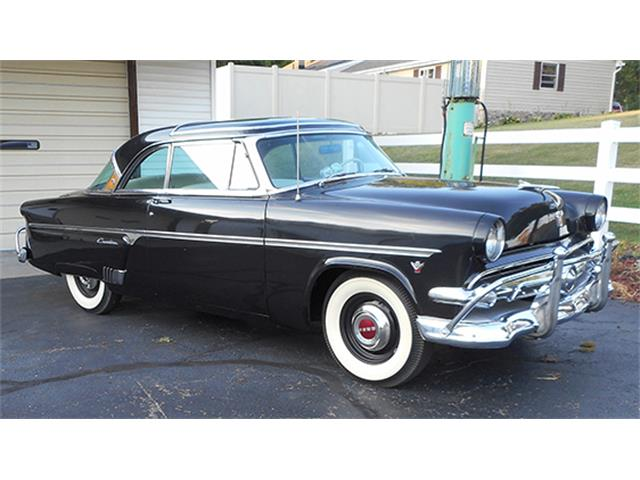 1954 Ford Crestline | 891131