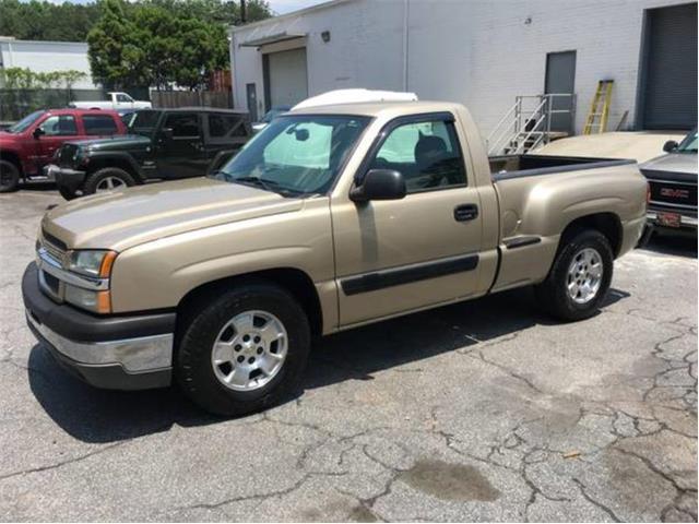 2004 Chevrolet Silverado | 891257