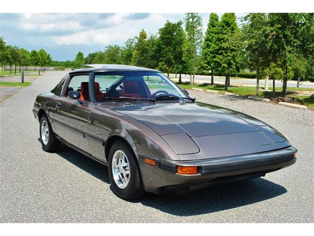 1985 Mazda RX-7 | 890132