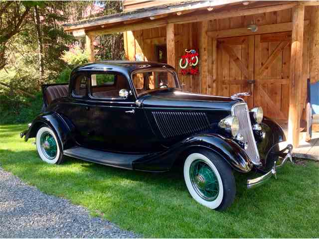 1933 Ford 5-Window Coupe | 891344