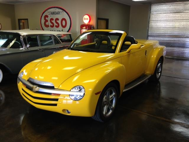 2004 Chevrolet SSR | 891400