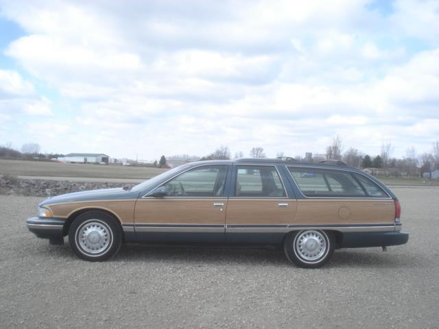 1996 Buick Roadmaster Estate Collector's Edition | 891408