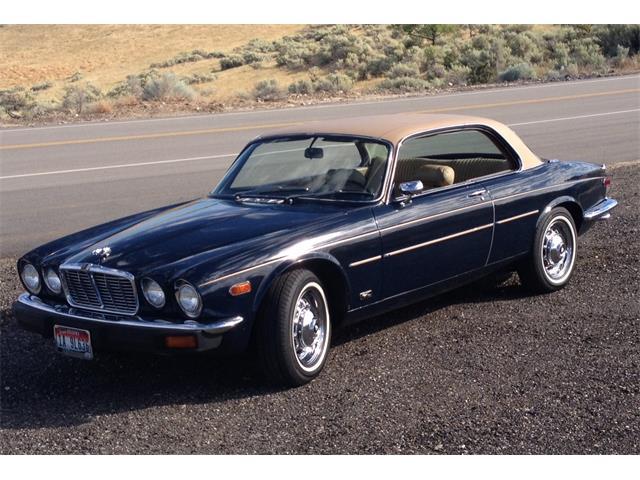 1976 Jaguar XJ6 | 891534