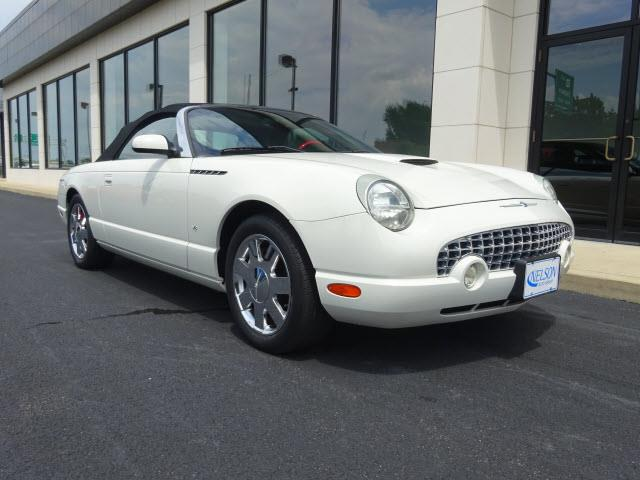 2003 Ford Thunderbird | 891634