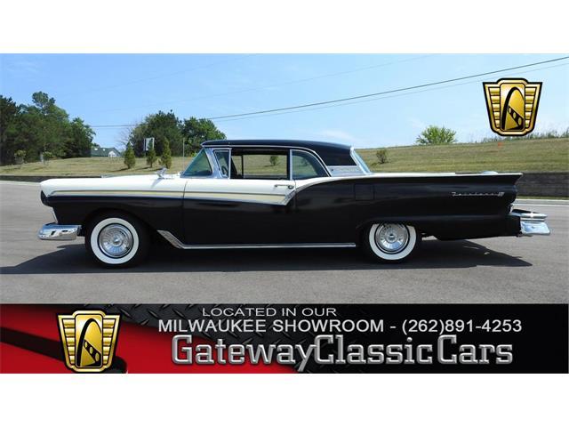 1957 Ford Fairlane | 891680