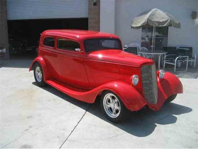 1933 Ford Victoria | 891714