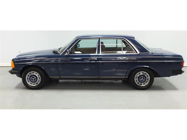 1984 Mercedes-Benz 230E | 891760