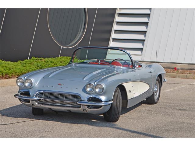 1961 Chevrolet Corvette | 891921