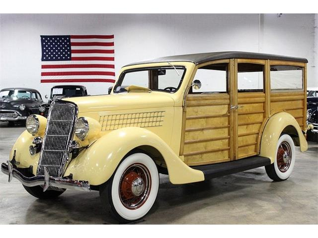 1935 Ford Station Wagon | 892274